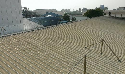 屋頂浪板防水防熱塗裝工程