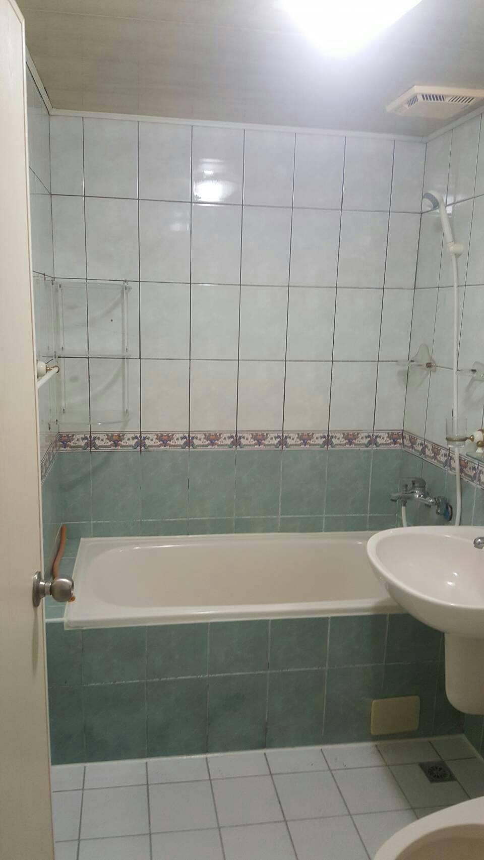 榮成三街浴室整修工程