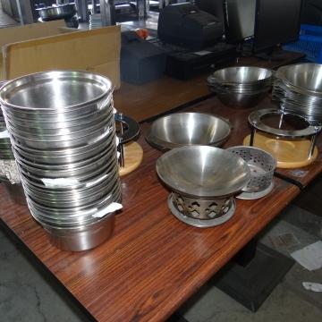 鍋碗瓢盆(四)