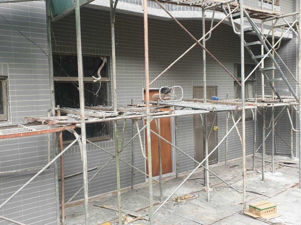 三民安東街外牆整修