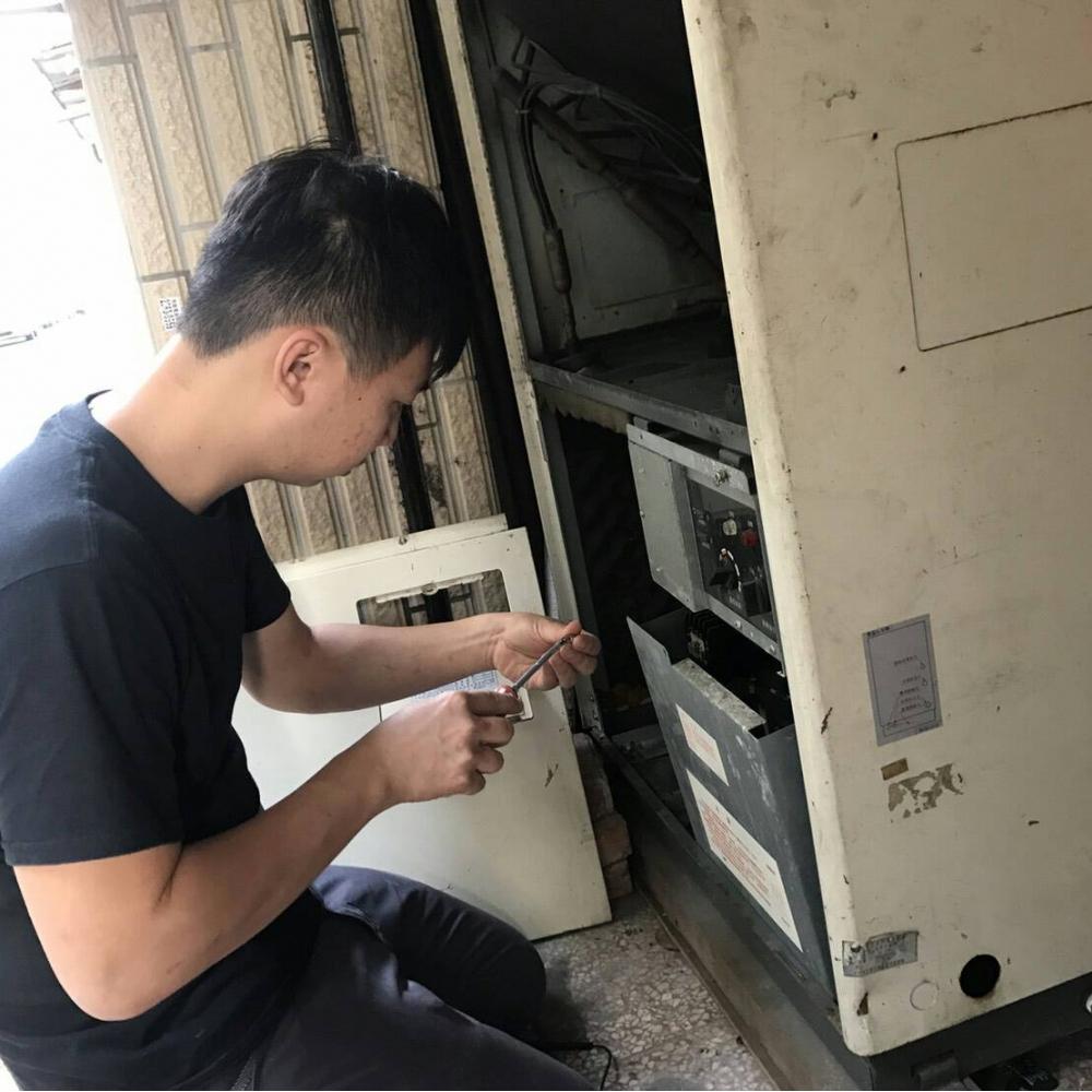 台北冷氣維修(箱型)