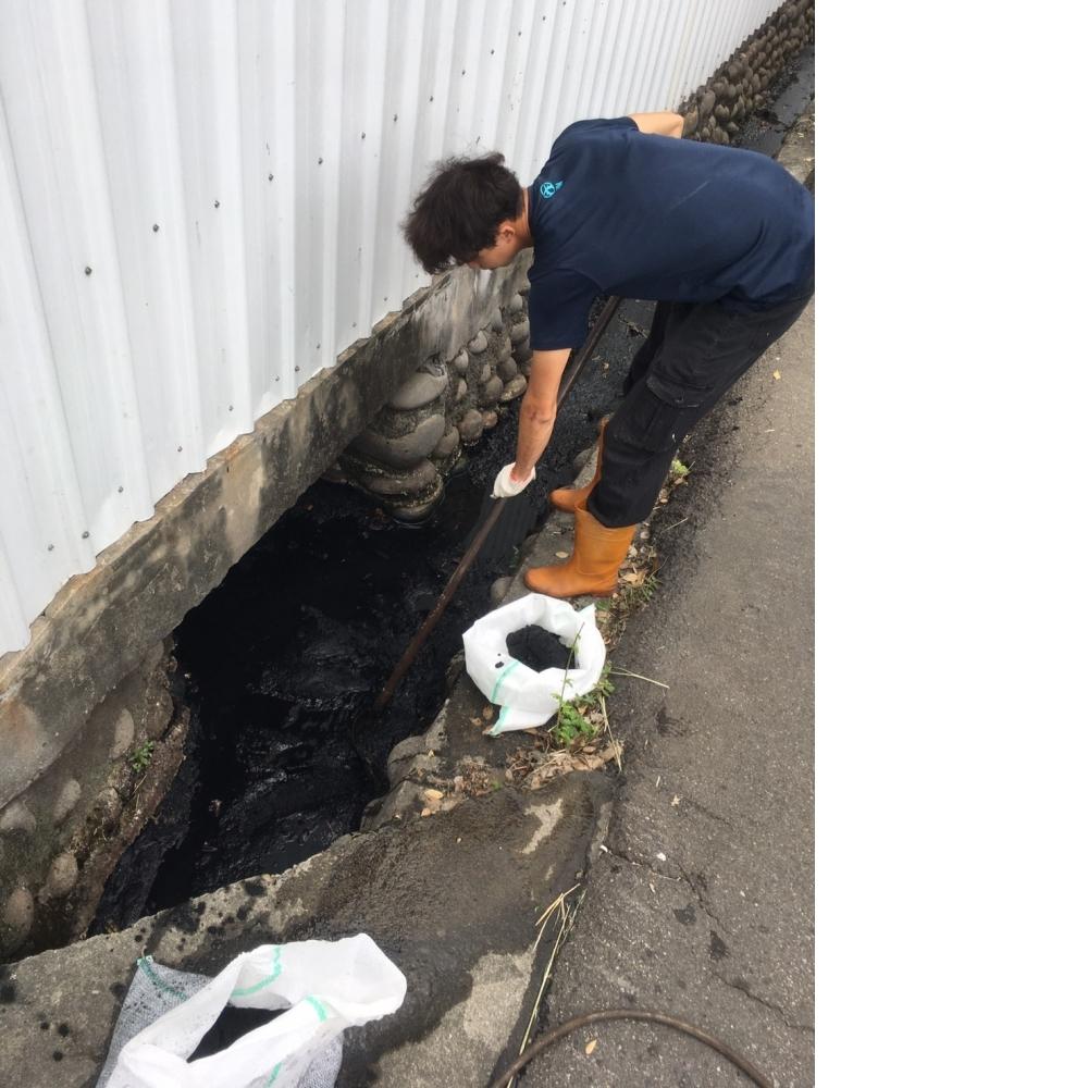 台中水溝清淤