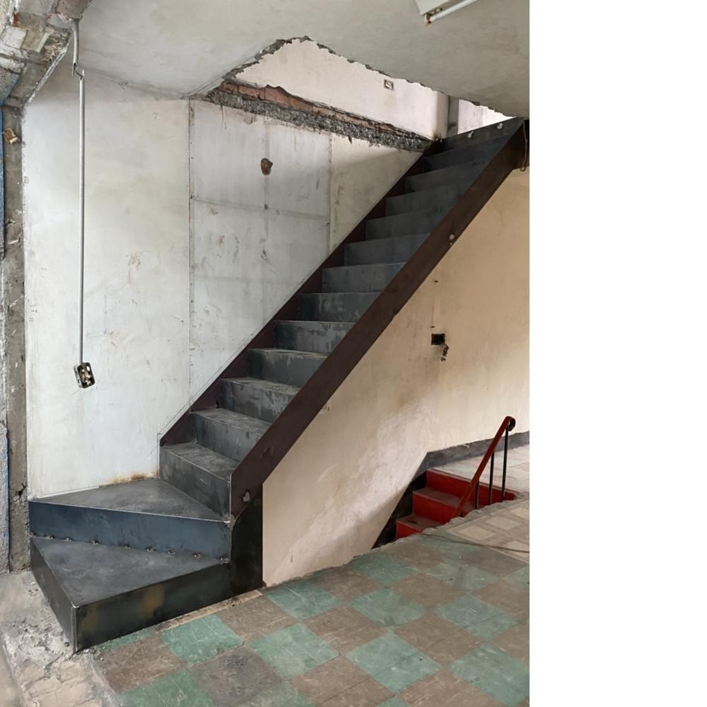 安裝訂制樓梯