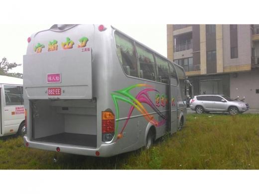 豪華21人座中巴(遊覽車型)