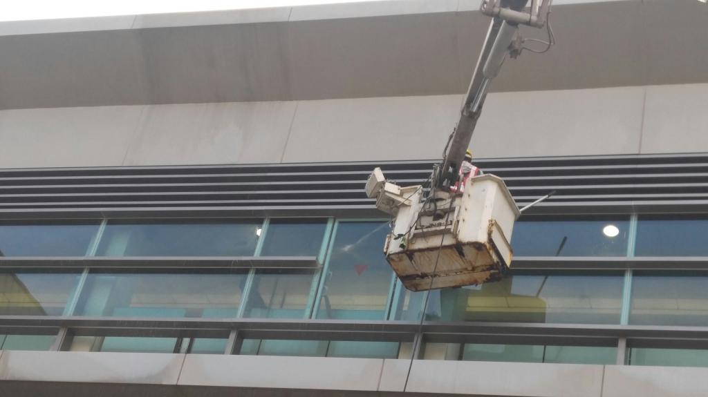 機場捷運清洗