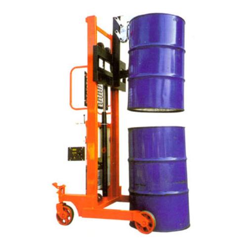 半電動油桶堆高機