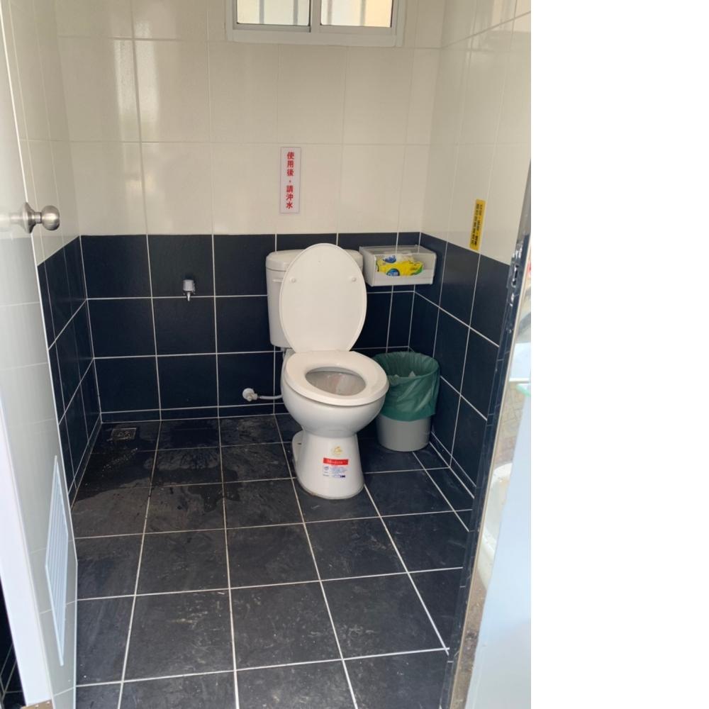 台南水泥製流動廁所/水泥製流動廁所