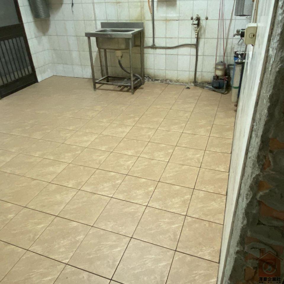 台南地板磁磚更新-廚