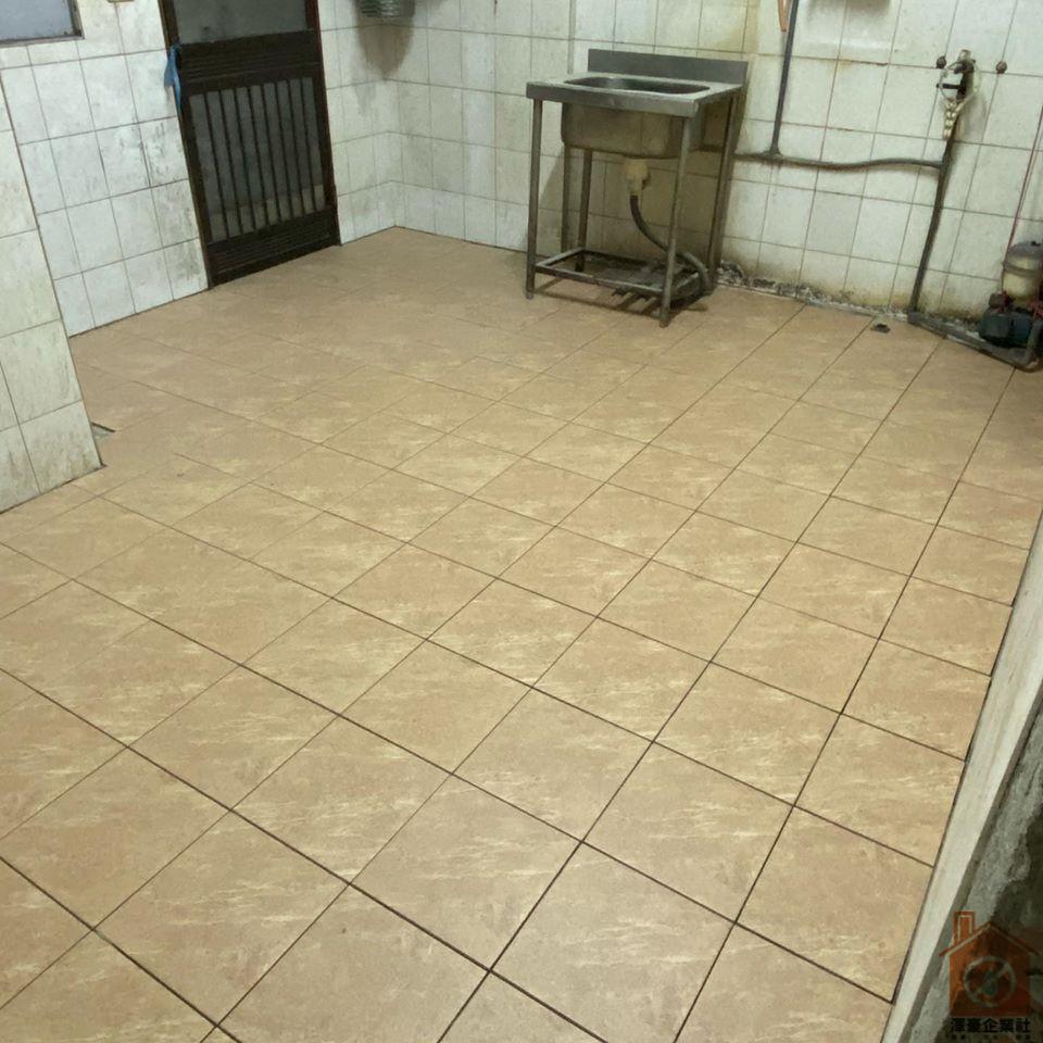 台南地板磁磚更新-廚房
