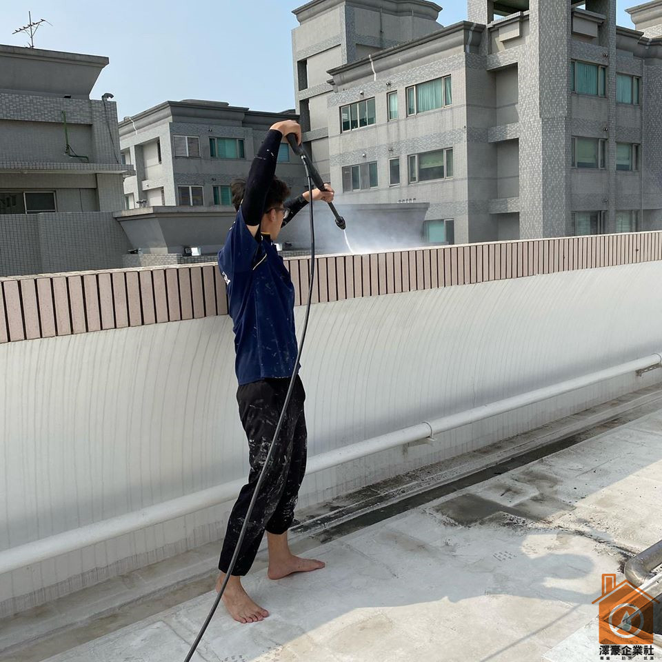 水刀清洗屋頂