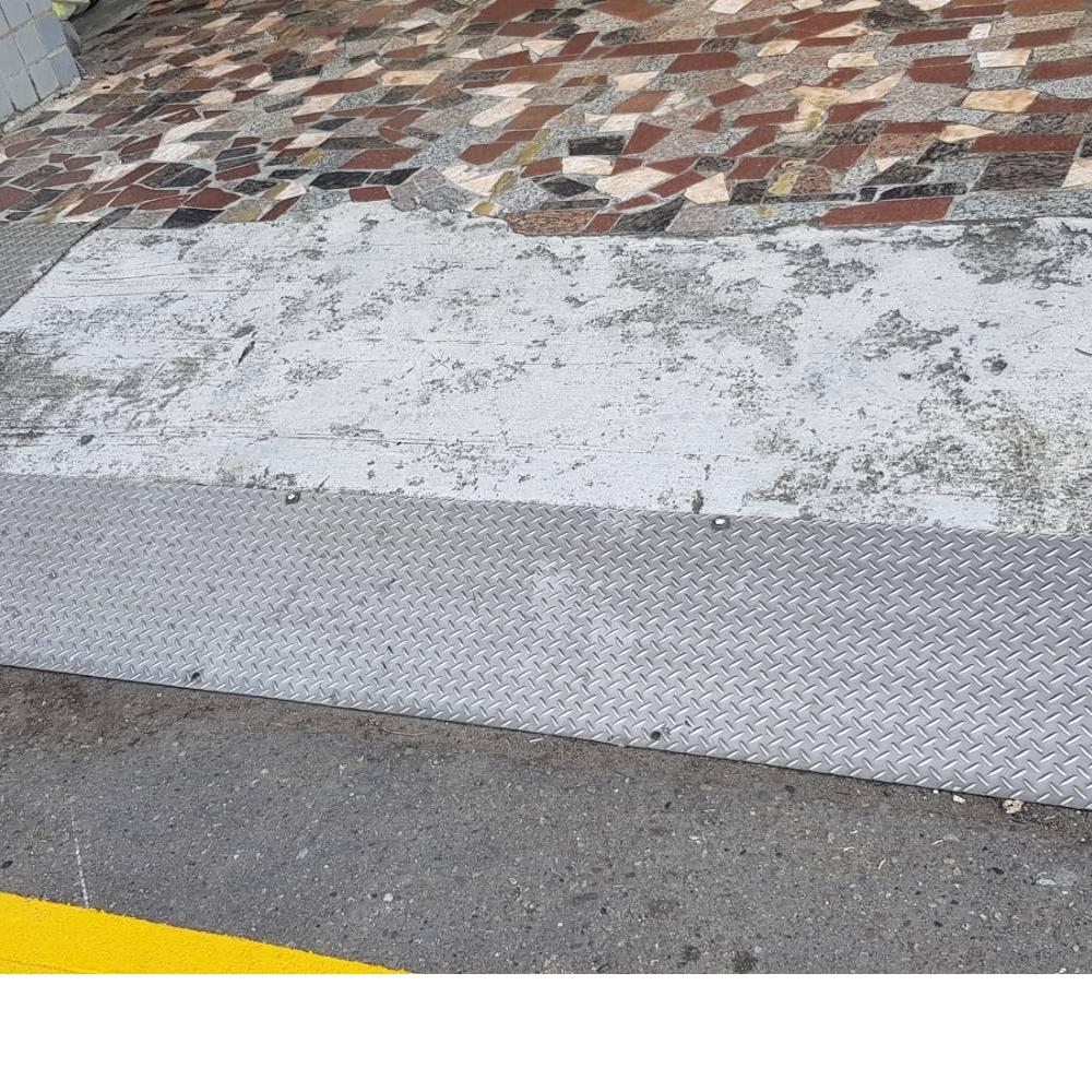 台中南區合作街_磁磚