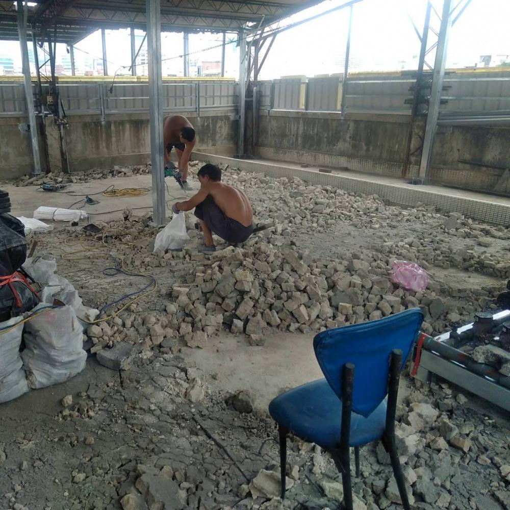 吳興街屋頂抓漏防水