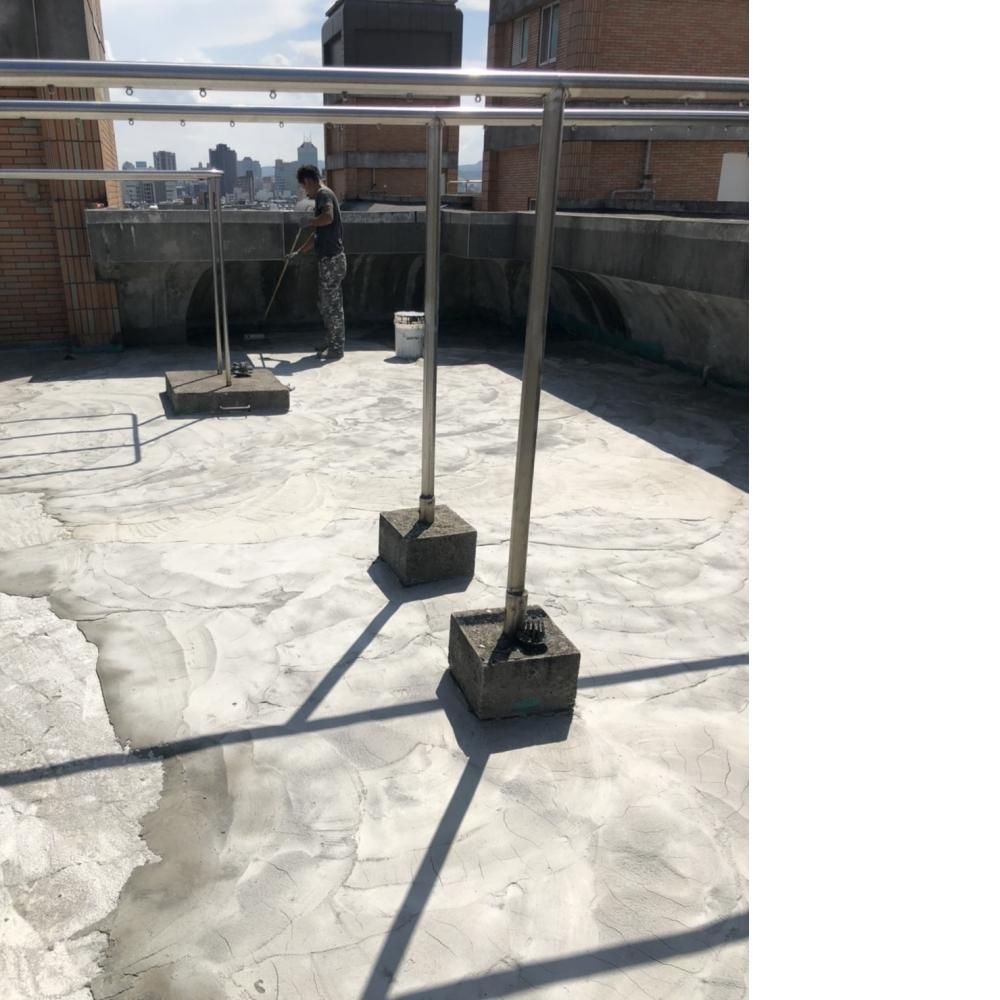 桃園區防水隔熱工程-頂樓地坪打除