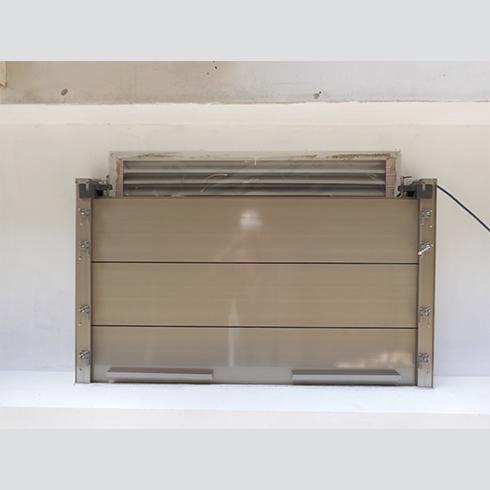 閘門式氣窗