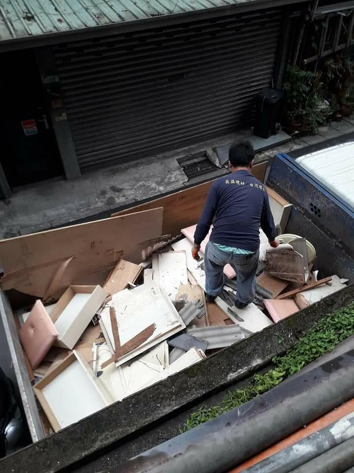 台北拆除清運