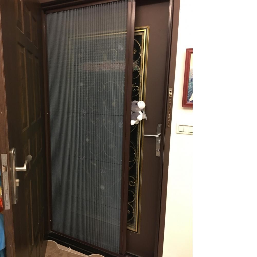 折疊防蚊紗門