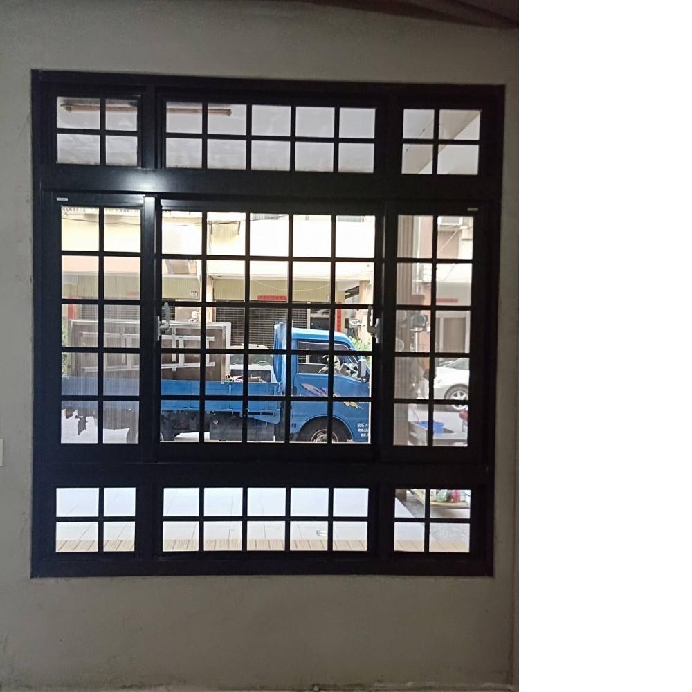 梧棲格子窗