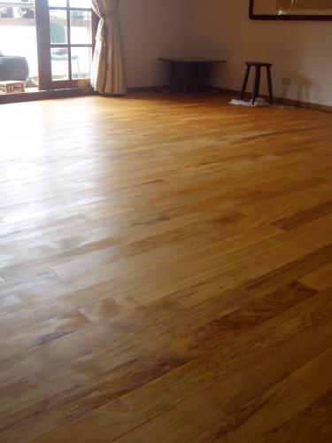寧夏西二街胡公館_越南檜木實木地板(推油) 印尼柚木實木地板