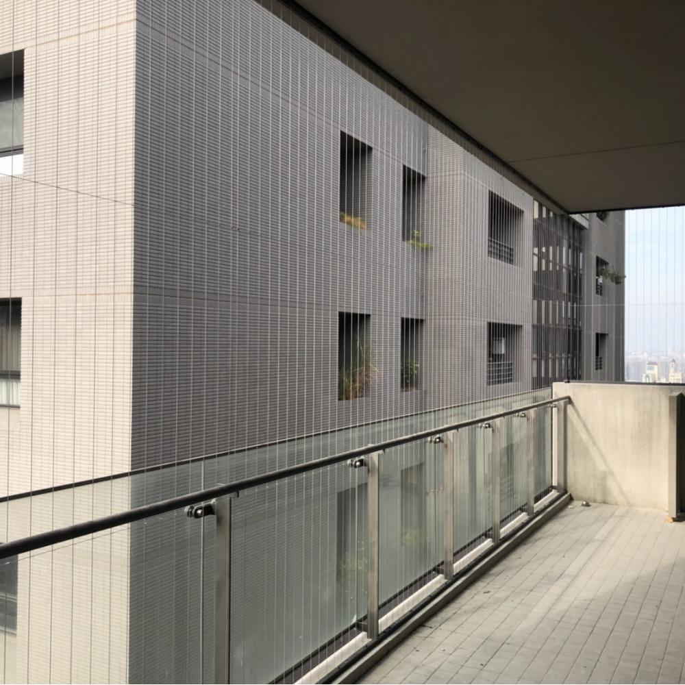 台中市政北七路大樓隱形鐵窗安裝