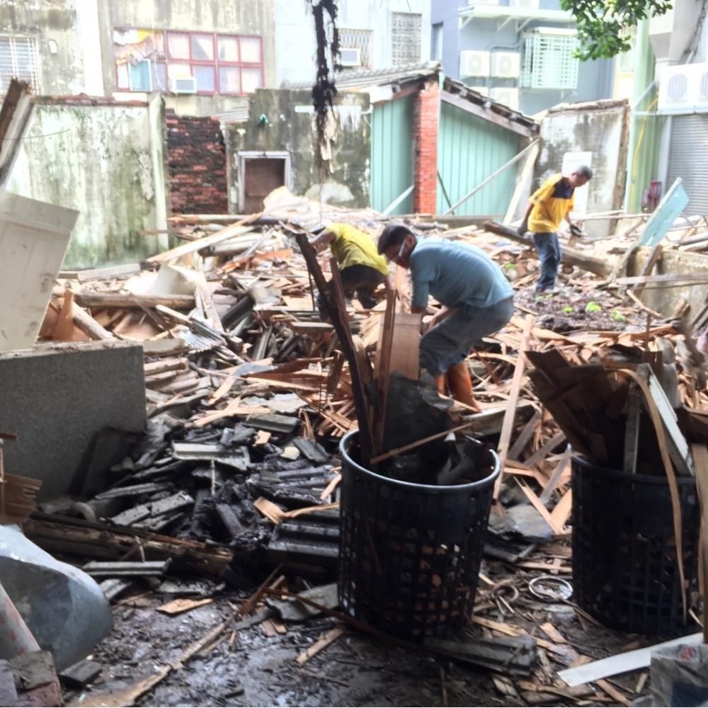 台南老舊房屋拆除