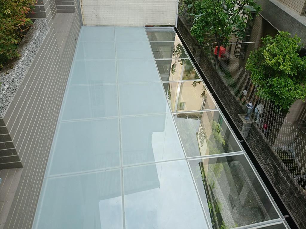 玻璃採光罩
