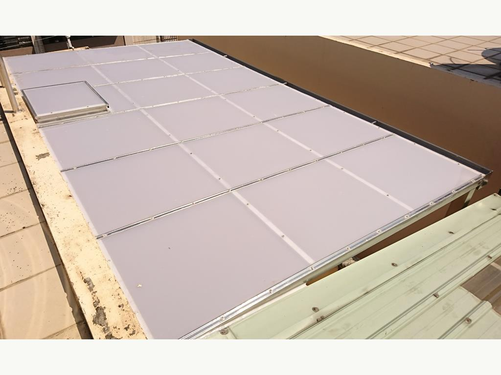 PC板 / 霧光板 / 塑鋁板 採光罩