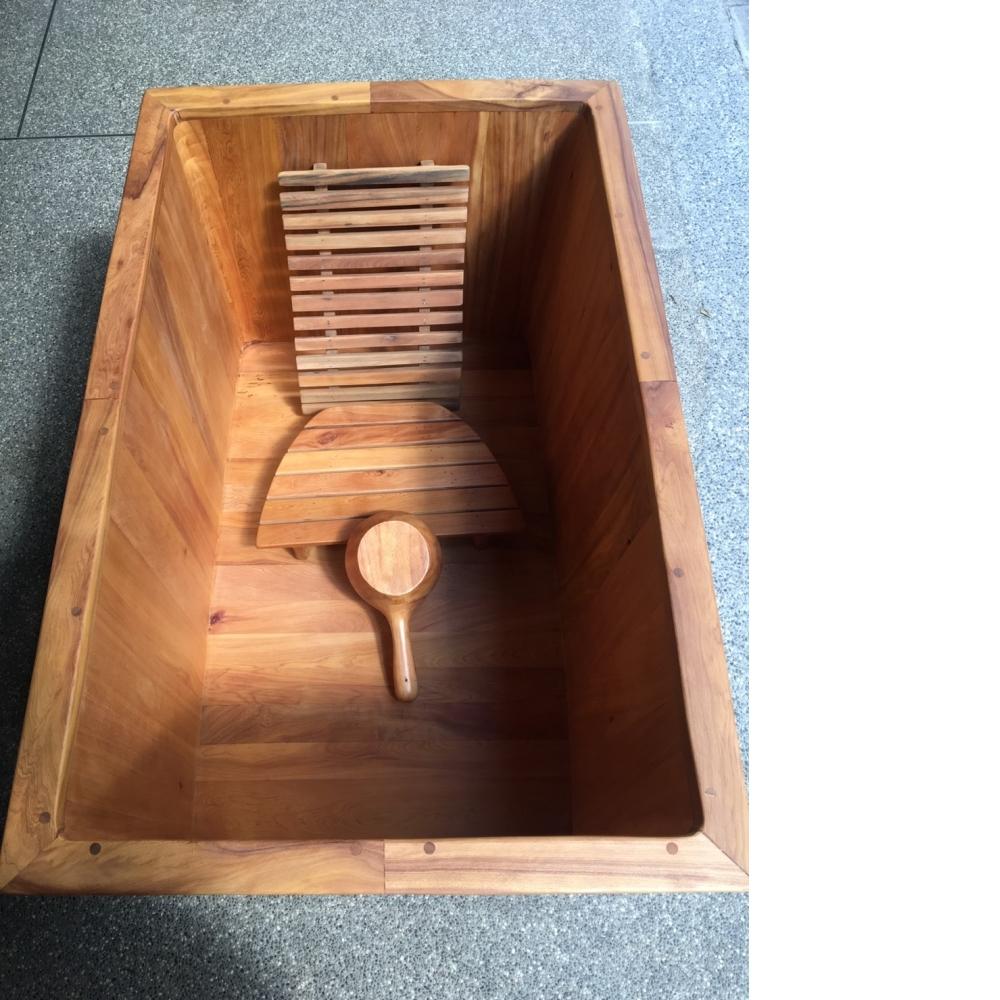檀香木(四角形浴缸)