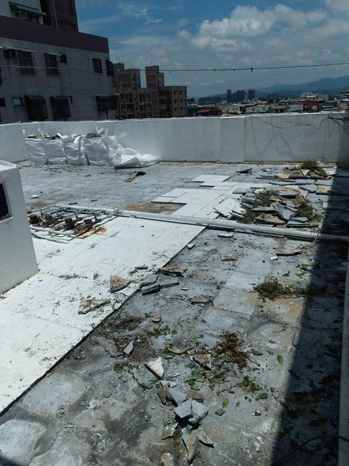 頂樓漏水整修