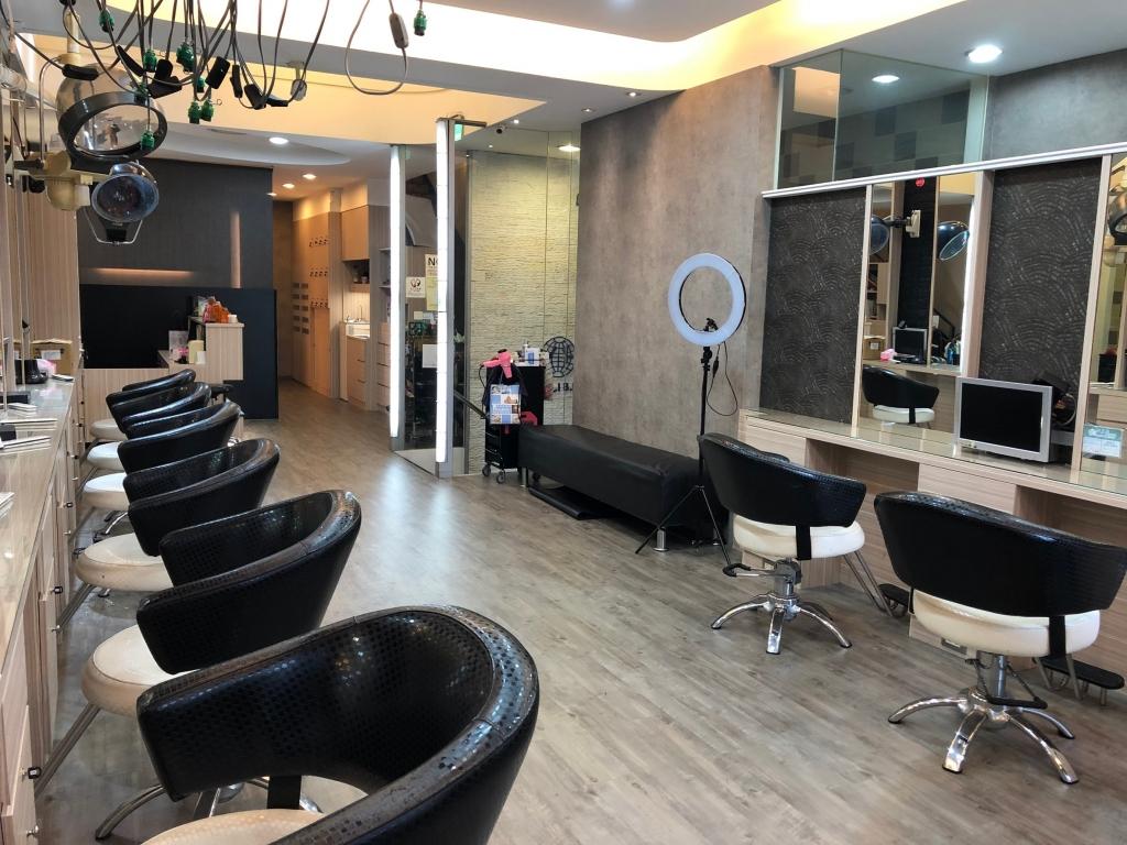 髮廊50萬輕鬆換裝