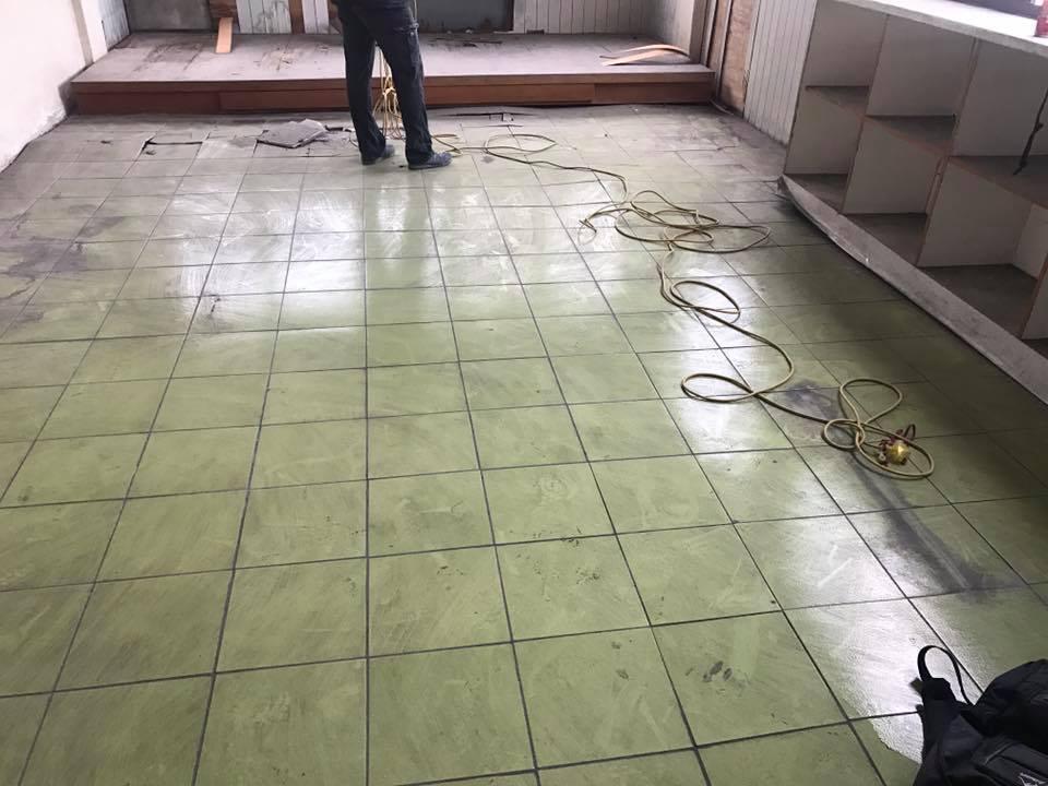 1070111彰化員林地面磁磚打除&天花板拆除工程
