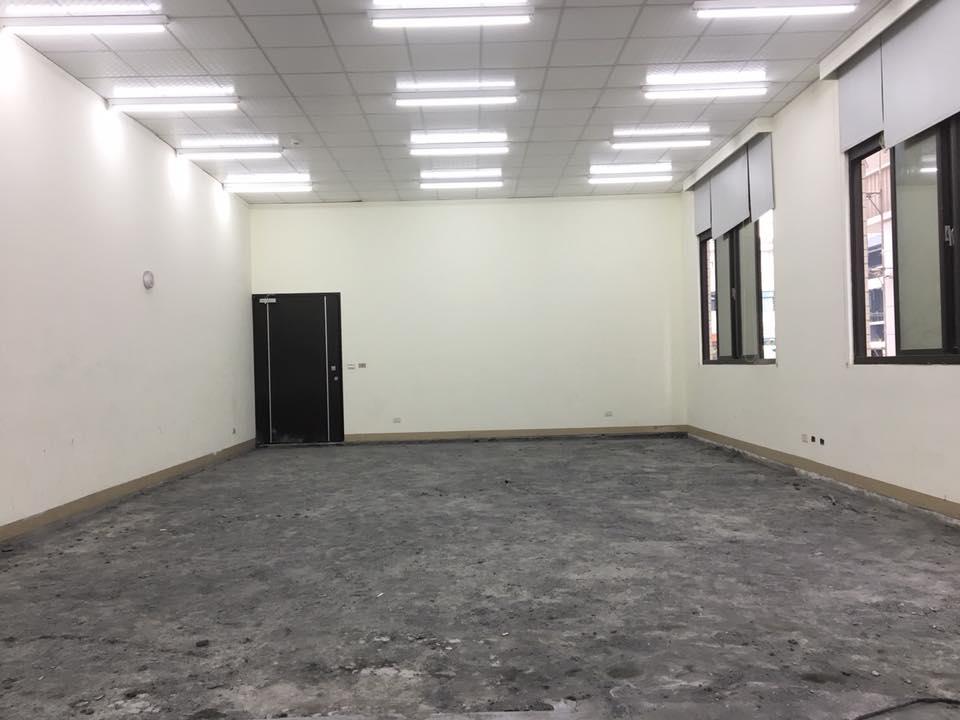 1070212彰化社頭織襪工廠內部地板打除工程