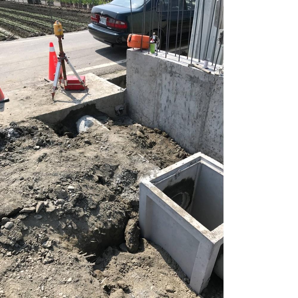 1070323彰化田尾挖水管洞打除工程&樓梯降低打除