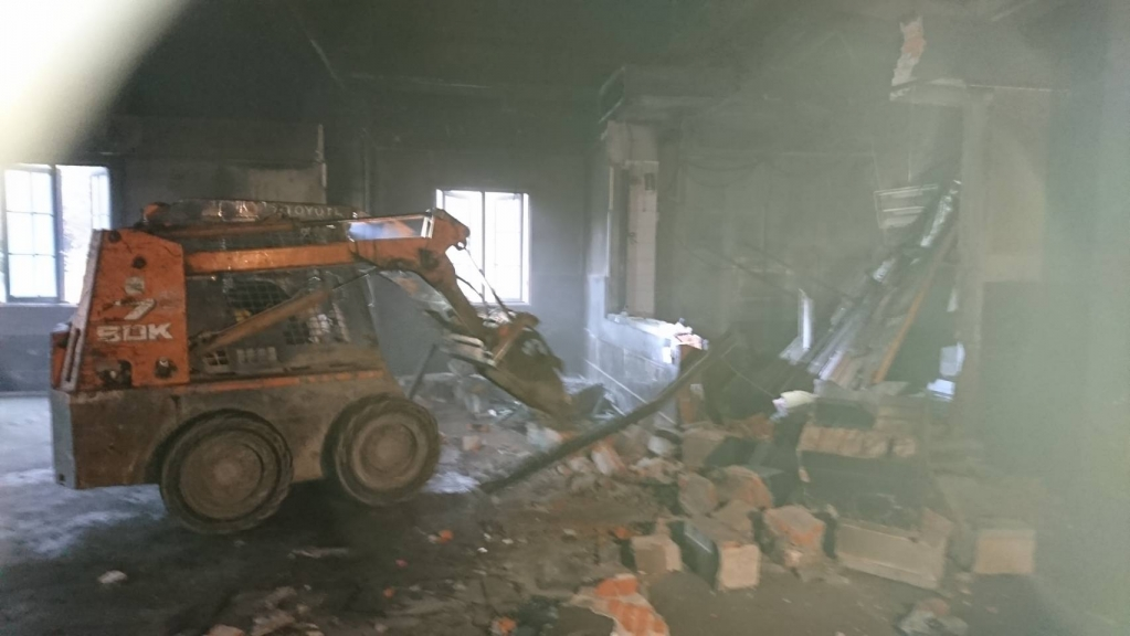 燒烤店拆除清運工程