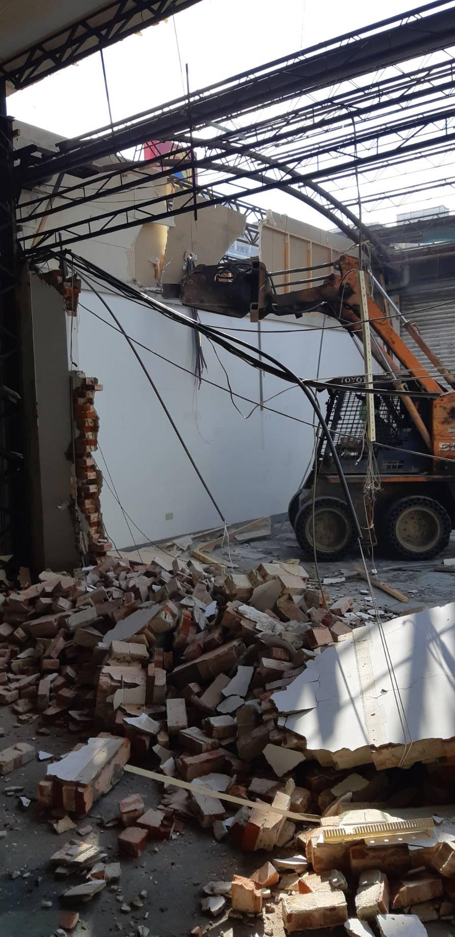 廠房打除清運工程