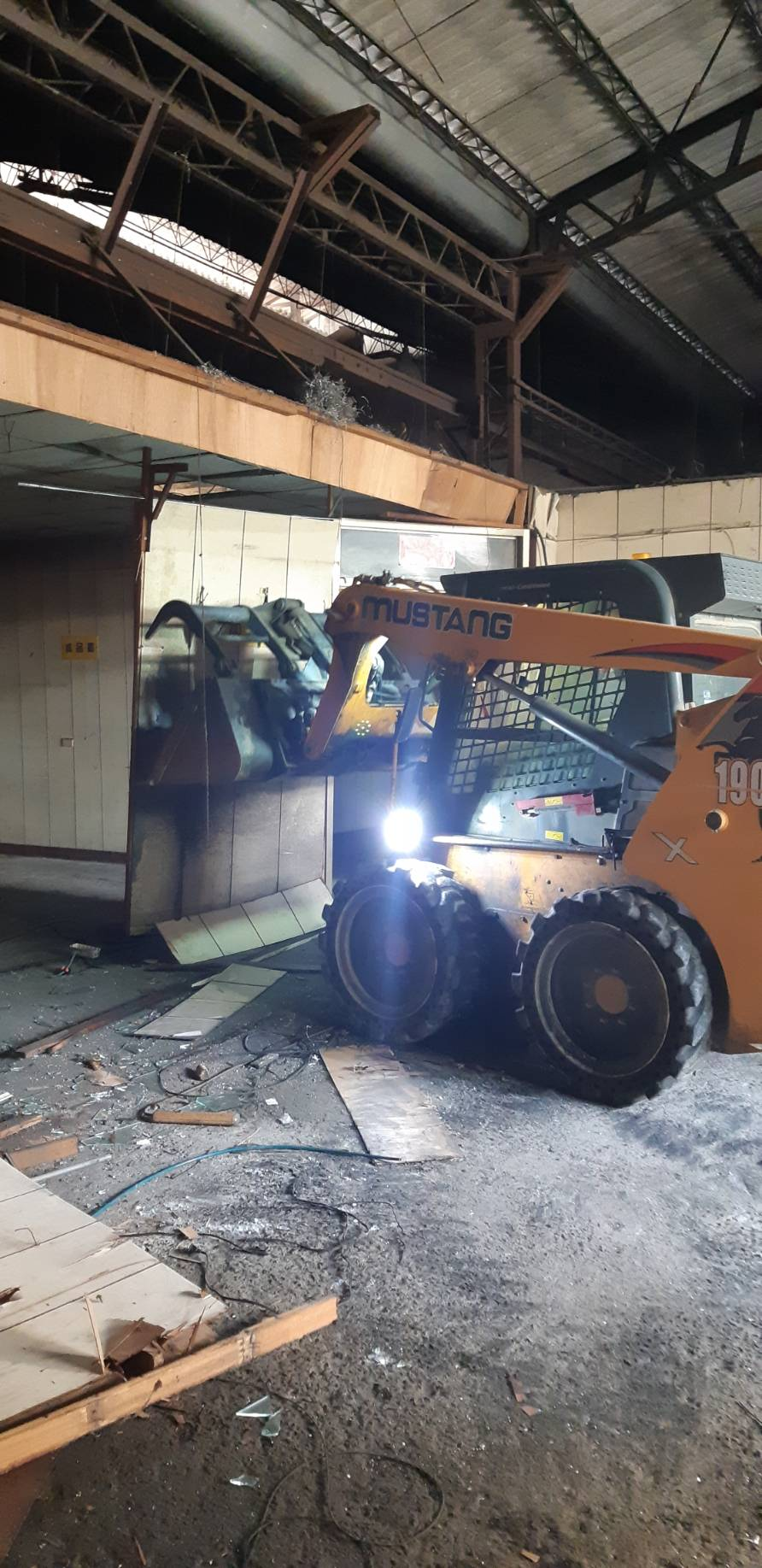 廠房拆除清運工程